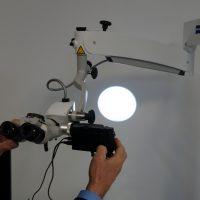 Foto von Wartung, Reparatur, Umrüstung von Mikroskop